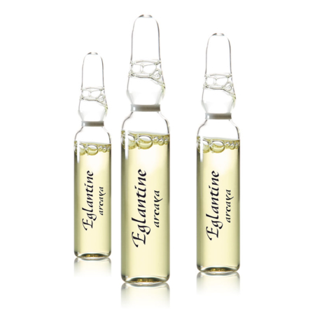 3 freigestellte Eglantine Ampullen auf weißem Hintergrund.