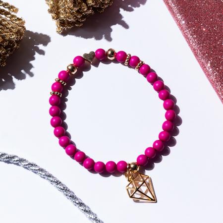 Armkettchen in pink mit goldenem Diamamt Anhänger
