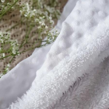 Babydecke in weiß